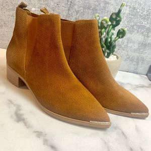 NWT Marc Fisher 'Yale' Chelsea Boot